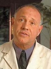 イーグルアイズ サングラス 推奨眼科医ジョエル