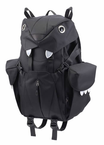 The Mohn creation BC-101 big cat backpack L black side