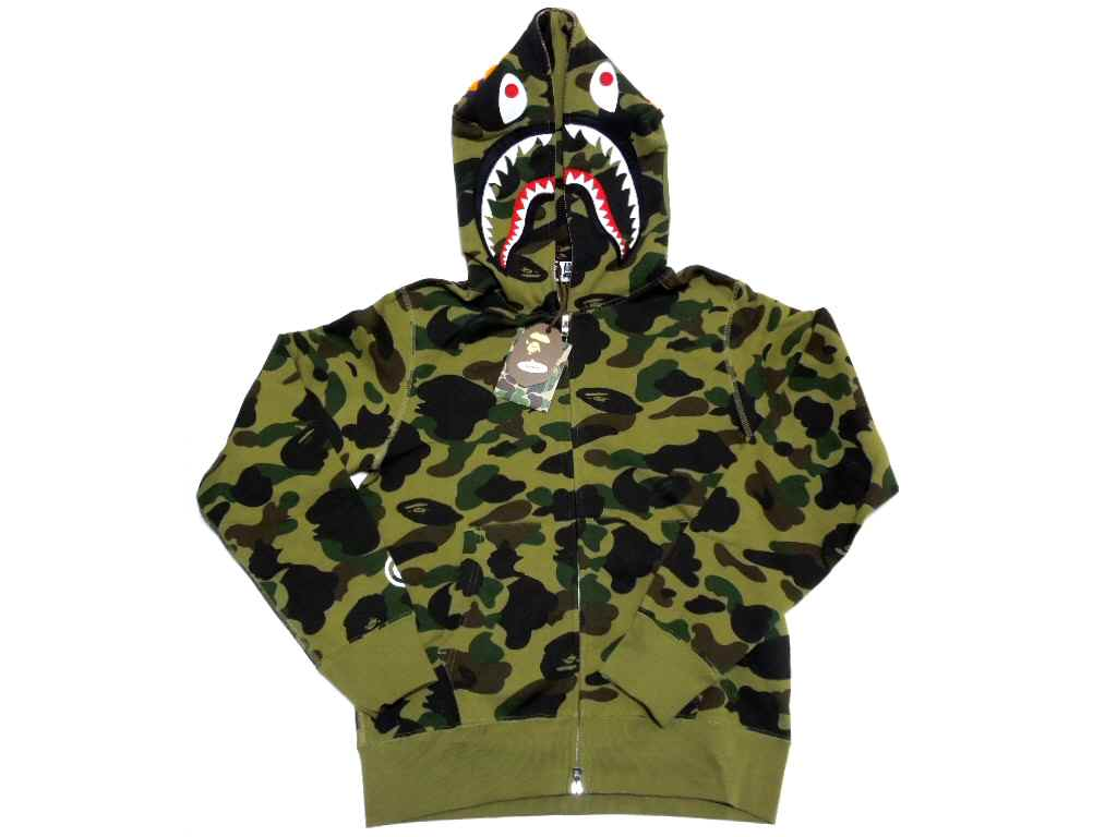 Ape hoody besides Collectionbdwn Bape Camo Pants as well Strapless Embroidery Wedding Dress Bridal Gown 101496437 furthermore Bearbrick besides . on wgm bape transparent