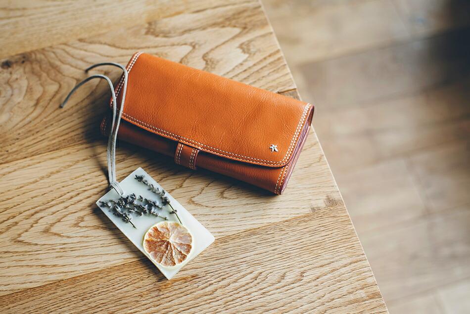 イタリアンレザー 財布 長財布 レディース プレゼント レザー 大容量 ブラウン キャメル レッド ナチュラル 本革 財布