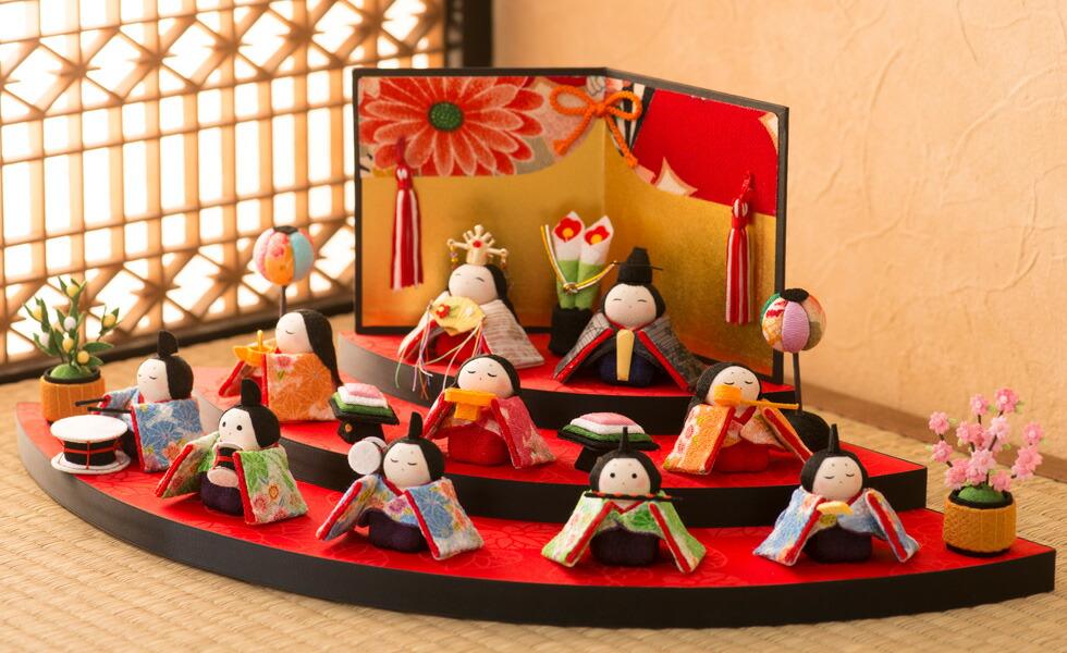 http://image.rakuten.co.jp/akacyann/cabinet/ningyo/hinaninngyo/1-344or_501.jpg