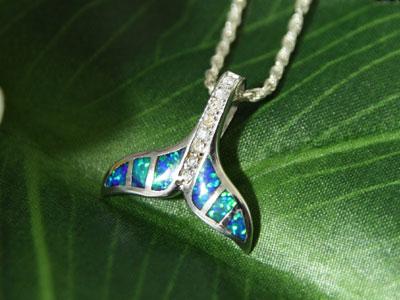 夏威夷的首饰鲸鱼尾巴 (蛋白石) * 链单独出售