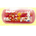 -Compact case with toothbrush (Pink).