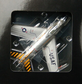 ダイキャスト製 エアプレーンモデル 1/72 F-86D U.S.A.F. FU-007 94FIS Gunnery Meet[ガリバー]《取り寄せ※暫定》(Diecast Airplane Model 1/72 F-86D U.S.A.F. FU-007 94FIS Gunnery Meet(Back-order))