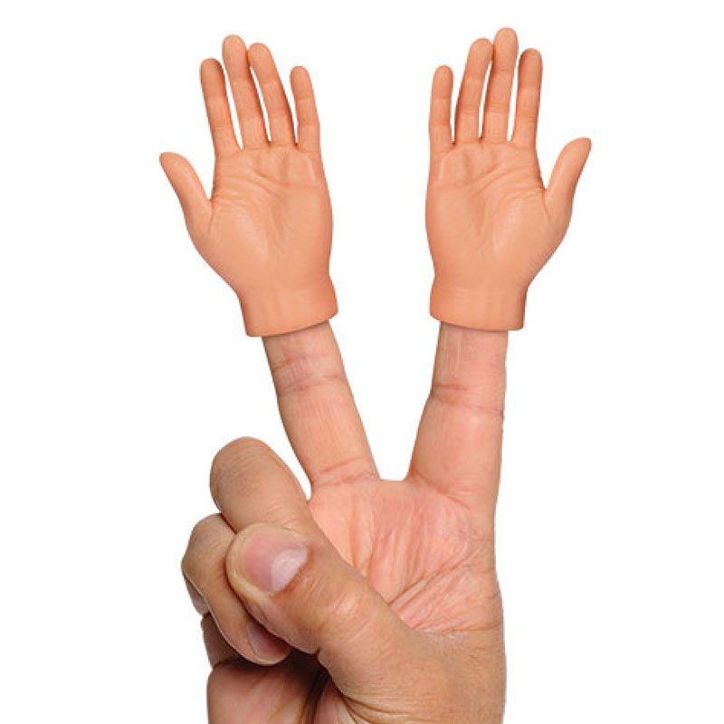 アクータメンツ フィンガーフィート 左右2個セット 足 指 Accoutrements 手 パペット ミニチュア おもちゃ ハンド 指人形 足指 おもしろ雑貨