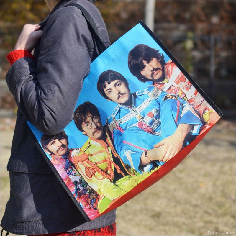 ビートルズ サージェントペパーズ ラージエコバッグ The Beatles トートバッグ 環境 エコ ショッピングバッグ カバン 鞄 Sgt Pepper's