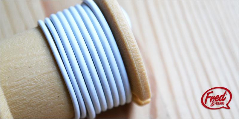 フレッド 糸巻コードロール 【FRED イヤホンコード収納 コードラップ コード収納 コード巻き付け iPod オーディオアクセサリー インテリア雑貨】