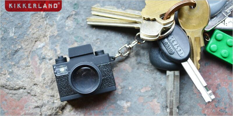 キッカーランド LEDカメラキーホルダー【雑貨 キーチェーン LEDライト カメラ 一眼 NY ニューヨーク Kikkerland】