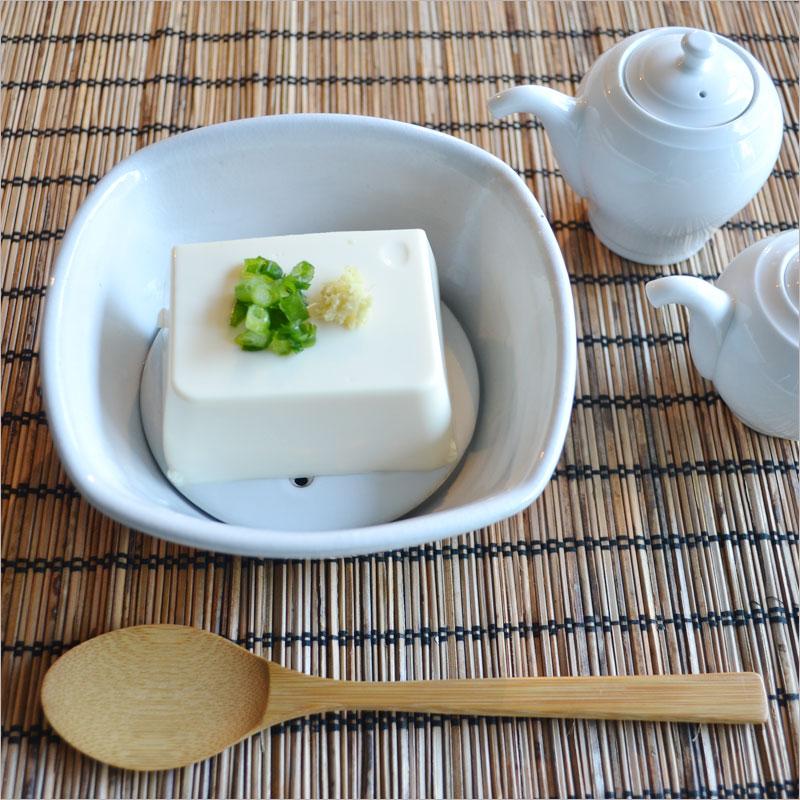 Ceramic Japan 豆腐鉢 (専用スプーン付)【セラミックジャパン 食器 豆腐 とうふ 皿 小皿 小鉢 引き出物 結婚祝い ギフト】