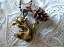 """Metalmochiefnecklace (squirrels, acorns), click Post ship.""""squirrel and Acorn / antique color 51"""
