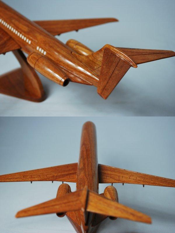 手工制作木制模型飞机道格拉斯 MD83 大学中国人民解放军-030 重现工匠的飞机! 有原始的木制模型只是在世界  是原始的木制模型,由当地工匠。  木设计转到客厅里或走廊。 内部的建议。  和每一个已被手工制作的所以不相同的产品。 产品详细信息  模特道格拉斯 MD83  生产国家越南  材料柚木  长度 450 毫米  前定风翼宽度 340 毫米  头尾宽度 125 毫米  尾高度 85 毫米  重量 600 克 请注意: 在其他互联网提供的产品店、 后订购出卖给了这个问题。 请提前声明。