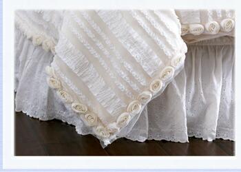 袋状になっていますので、中に掛け布団を入れて掛け布団カバーとしてご利用いただけます。