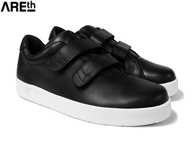 MODEL i (velcro) BLACK LEATHER