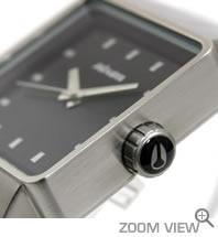 NIXON ニクソン 腕時計 QUATRO NA013000-00 ブラック 横向き