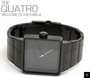 NIXON ニクソン 腕時計 QUATRO NA013001-00 オールブラック 横置き