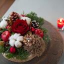 크리스마스 플라워 케 익 [M 사이즈] 진짜 전나무 나무/고구마 삼나무 · 커튼 등으로 만든 X'mas를 즐기는 케이크 스타일의 배치.