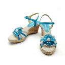 The sandals that No. 244211 TURQUOISE/ flower motif is cute. An ankle strap seems to show it to a beautiful leg! /fs3gm10P22Nov13