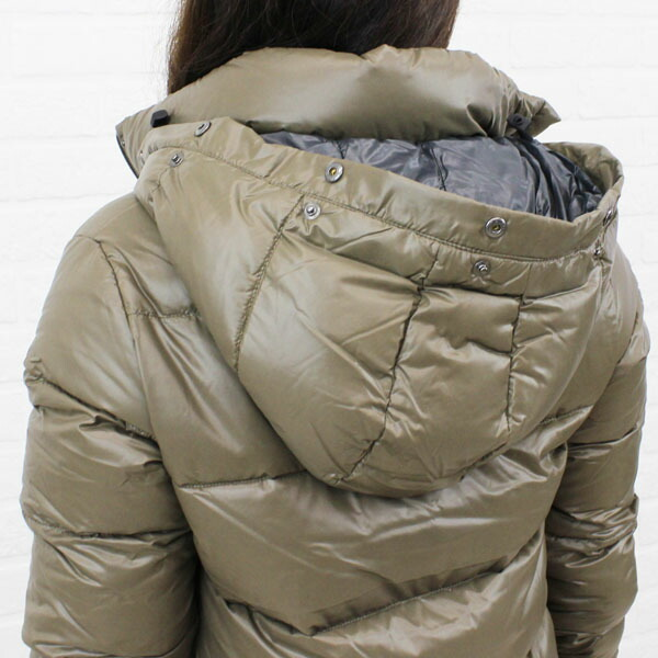 """Detailed image of food long coat """"DENEB"""", DENEB with the DUVETICA( デュベティカ) nylon down fur"""