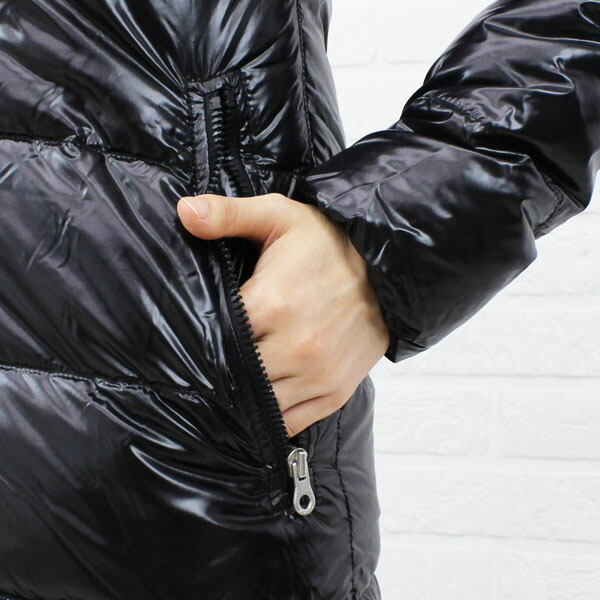 "Detailed image of food long coat ""ALIA"", ALIA with the DUVETICA( デュベティカ) nylon down fur"
