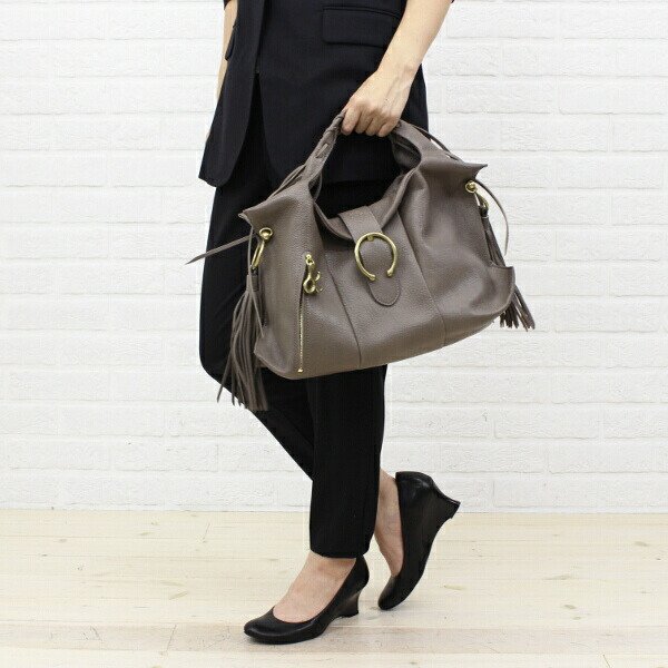 "Color image of handbag ""マルシェ"", -TL 640 with the TOFF&LOADSTONE( トフ & Rhodes ton) goat leather fringe"