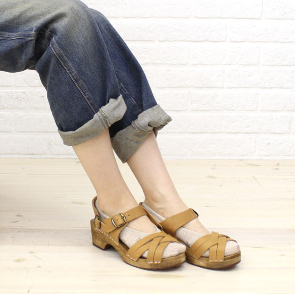 Color image of EXPERT( expert) leather strap sabot sandals, NEP0654