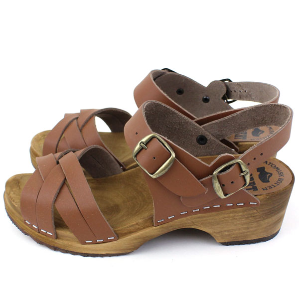 Detailed image of EXPERT( expert) leather strap sabot sandals, NEP0654