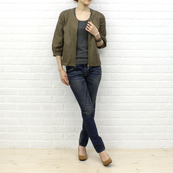 Wearing image of kaene( カエン) cotton linen blend cupra no-collar three-quarter sleeves back pleats zip jacket .005185