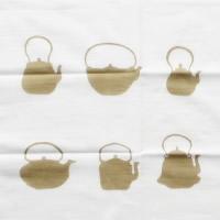 鉄瓶/白茶