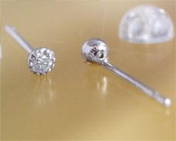 ダイヤモンド K10ホワイトゴールド ピアス