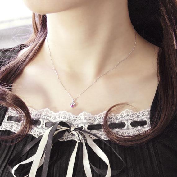 ネックレス 着用イメージ