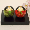 Usaburo Kokeshi happiness chicks set with (Happy Dolls-with a stand)