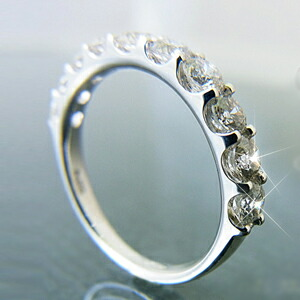 【Pt900】1.0ct 大粒3mmアップ テンダイヤモンド ハーフエタニティリング