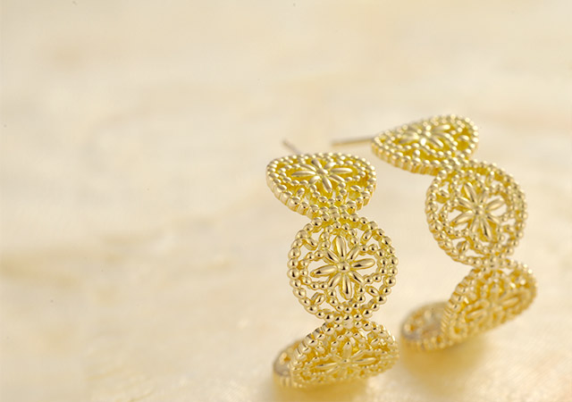 K18pierced earrings K18ピアス K18 pierced earrings flower lace