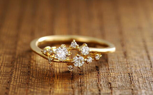 K18 diamond ring ivy