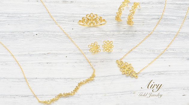 Airy gold jewelry