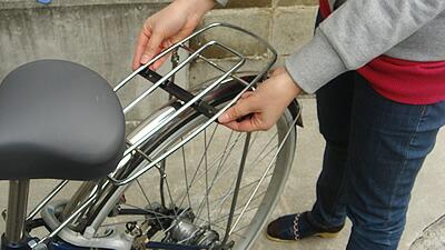 自転車の 自転車のカゴ取り付け : このページのTOPへ