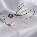 モノクロフラワー charm with long plate strap