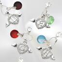 Feathered ハートイニシャルチャーム & バースディダイアモンド glass charms, set of 2