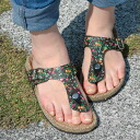 A cute small floral design print spreading through a lot of steps is pretty! There is an insole made of the hemp along the form of the foot, and wear it; the easy sandals of the tong type of the feeling! With three phases of belts of the adjustment possi