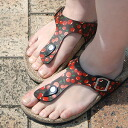 Jute sandals ◆ cherry print jute sandals [tong type] of the prettiness perfect score to be able to spend comfortably in the summer that is hot because a lot of appetizing cherries are the specifications that ♪ wide & high insteps & former thin さん