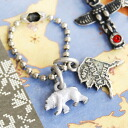 The smallish key charm with a pretty motif including white bear and the toe ten Pau Le Pen Gin snow crystal representing Alaska, America. An antique atmosphere is wonderful. ◆Jitta (jitter): ☆Sale ☆ Sioux Benny Rouen Tieck key ring [Alaska]