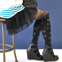 The color tights of the novel change design which wore clothes one over another in the overknee high sox which patterned stars print glistened with shiningly! It is lam star knee high reshuffling tights shiningly / footwear / socks / pantyhose / stocking