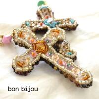 bonbijou(ボンビジュー)ビジュークロスピアス