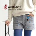 The knit underwear that patterned stars were drawn on the entire surface by embroidery. It is warm even if I take the back side by back raising! GLP-14F001 ◆ Gramicci (グラミチ) FLEECE VERY SHORTS in ガゼットクロッチ, the real OUTDOOR specifications ◎ hot pants Lady