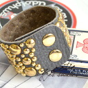 With accessories hard at hand an adult cool! Bracelet accessories bracelet real leather ◆ Zootie (zoo tea) of the wide leather which spread the circle studs that big things and small things were sparse all: パヴェスタッズワイドレザーバングル