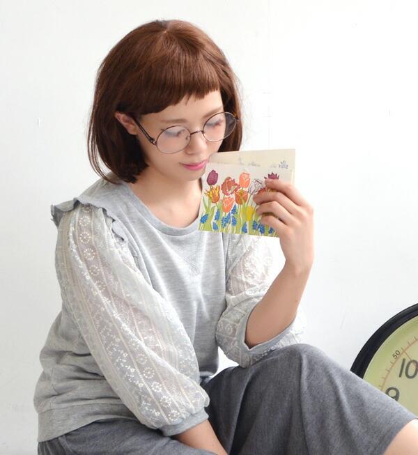 作为波希米亚人痉挛的花纹刺绣袖子的设计t恤女士停止短袖5分袖子5分