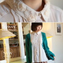 A three-dimensional collar with a flower of Tulle. Pin-tuck chiffon with