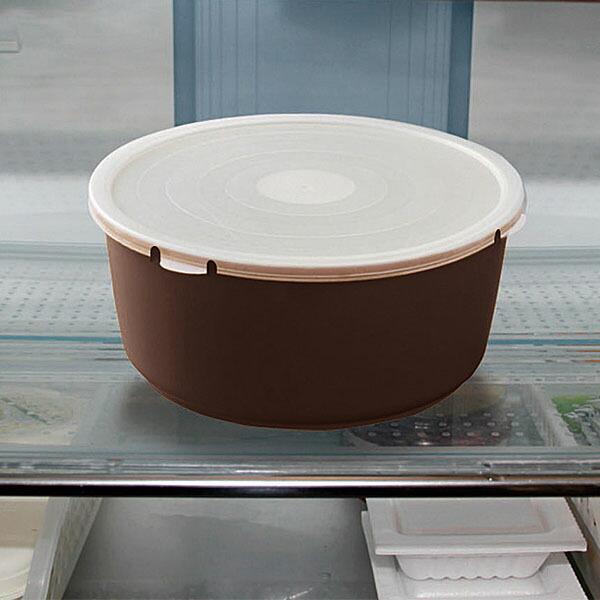 PEシールふた(別売り)を使えばそのまま冷蔵保存が出来便利です