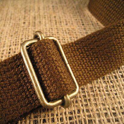 shoulder string