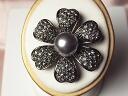 Swarovski pearl broach cosmos black pearl